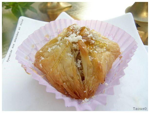 pyramide aux noix et amandes les saveurs partagees de taous
