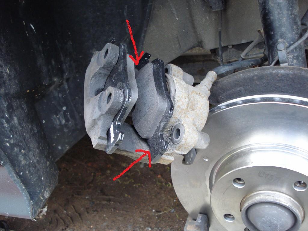 [BMW 320 i E36] Problème de bruit aux plaquettes avants Dsc01862-a81060d-1c79c1b